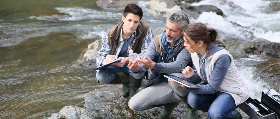 Especialista em Meio Ambiente e Recursos Hídricos